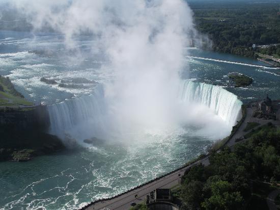 ナイアガラの滝「死ぬまでに行ってみたい、世界の名瀑 12」トリップアドバイザー