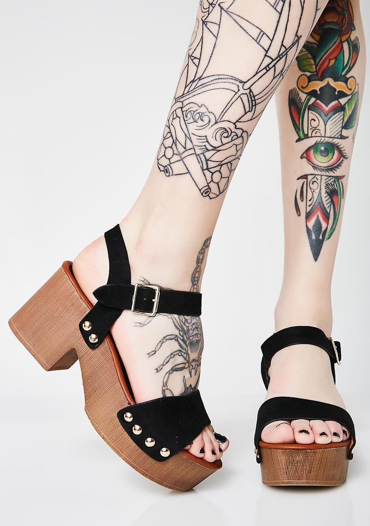 DND Step On Daisies Platforms at Dolls Kill, an online punk, goth, rave, kawaii, and streetwear clothing store. FAST & FREE WORLDWIDE SHIPPING. Shop trends and your favorite brands like Lime Crime, Wildfox Couture, Killstar, BOY London, and Y.R.U.
