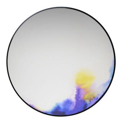 Spiegel Francis Ø 60 cm, violett / blau / gelb von Petite Friture finden Sie bei Made In Design, Ihrem Online Shop für Designermöbel, Leuchten und Dekoration.