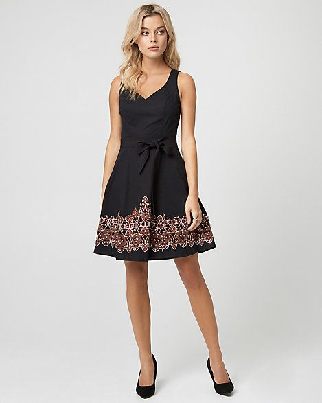 LE CHÂTEAU: Abstract Print Cotton Sateen V-Neck Dress