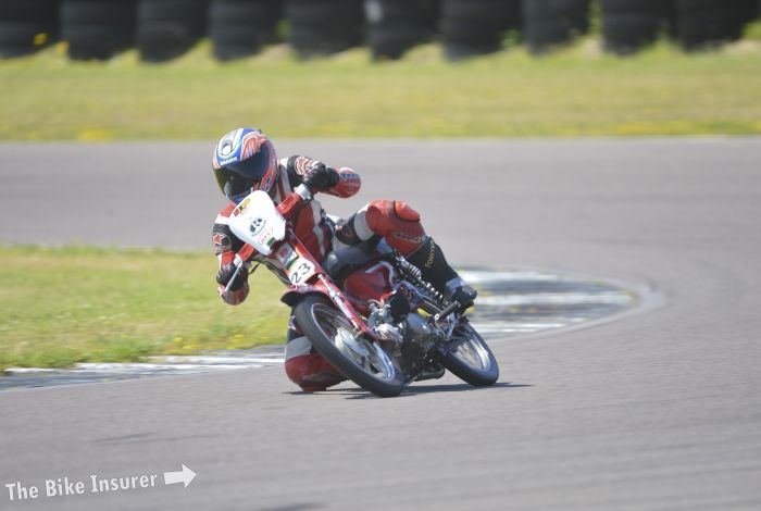 Honda C90 endurance race at Anglesey race circuit 2015