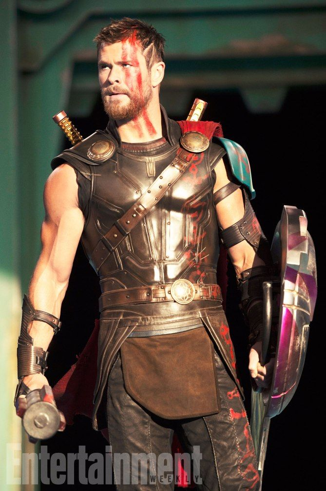 First Look At Thor, Hela, And Valkyrie In Ragnarok