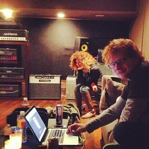 ed hung out with justin, usher and niall- ed has really come soo far (':