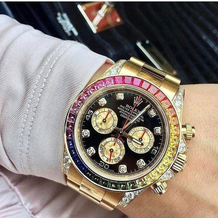 Rolex  Daytona % Authentic.    Buy - Sell - Trade.   (305) 377-3335 info@diamondclubmiami.com #seybold #luxury #watches  #rolex #ap #audemars #hublot #patekphilippe #cartier #diamondclub #watch #diamonds #richardmille #diamondclubmiami #luxurywatch #relojes Credit  @soloveitime   #rolex#rolexero#yachtmaster#mondani#wristporn#watchfam#watchmania#wristporn#watches #oysterbar