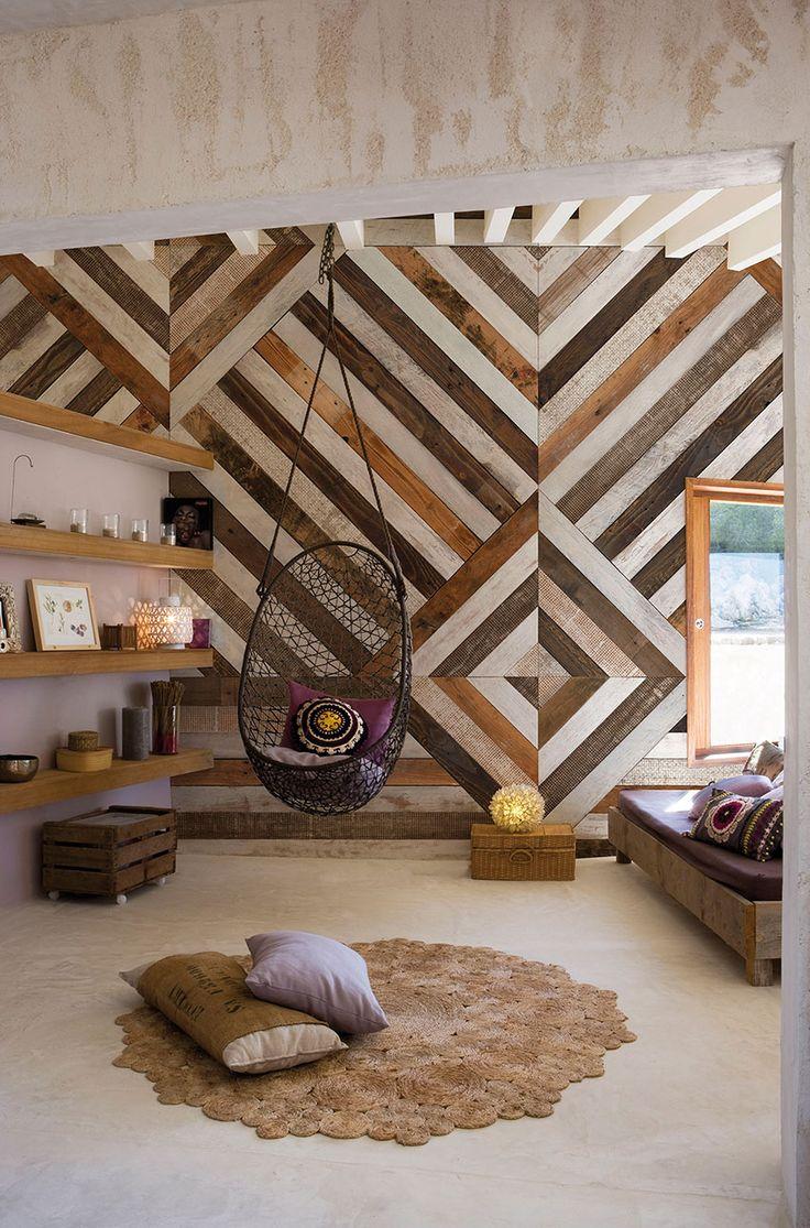 Полосатые обои в интерьере: 40+ смелых и спокойных сочетаний полоски в интерьере (фото) http://happymodern.ru/polosatye-oboi-v-interere-48-foto/ Полосатые обои всегда выглядят актуально