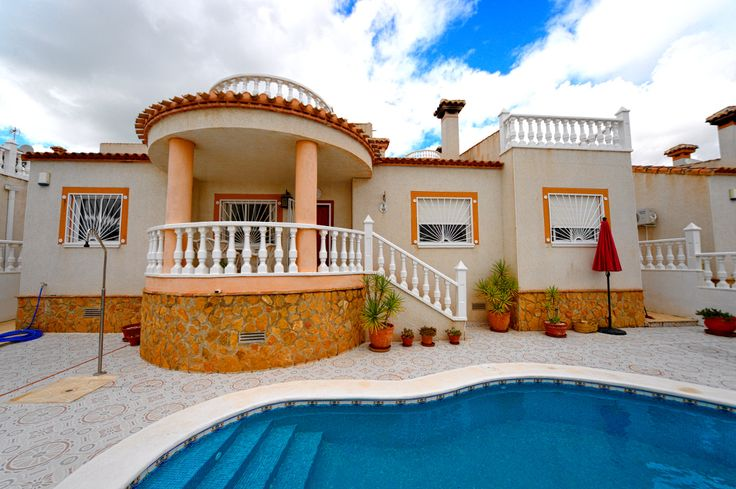 RicaMar Homes Real Estate Costa Blanca | Beautiful south-facing 3 bedroom detached villa with private pool