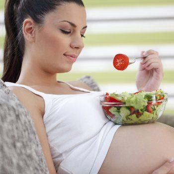 Menú para las embarazadas en la semana 32 de gestación. Dietas para llevar una alimentación sana y equilibrada durante el embarazo. Qué comer estando embarazada.