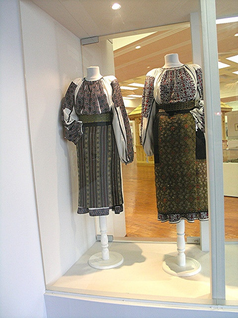 XIX-th century Traditional Romanian Folk Costumes from Muntenia, Muscel area, Arges county, and from Bran, Brasov, Transylvania.