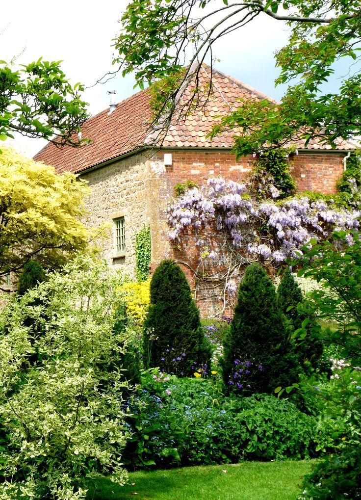 Marjorie Fish's garden - East Lambrook Manor Garden, South Petherton.