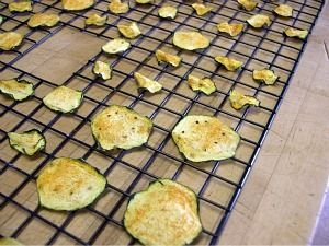 Dehydrating Foods - Seasoned Yellow Squash or Zucchini Chips