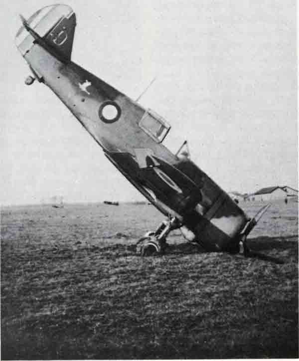 """French Curtiss H-75 Hawk of the 2nd squadron of C-G 11/5 victim of a """"development pole"""" on the field mired Toul - Croix-de-Metz in spring 1940."""
