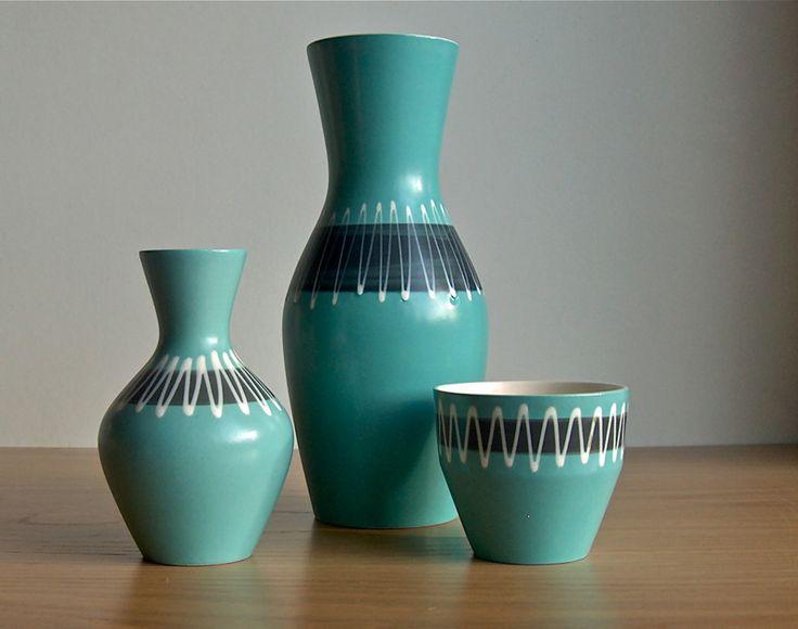 Potshots: Hornsea slipware vases. Smart zig-zags from 1963