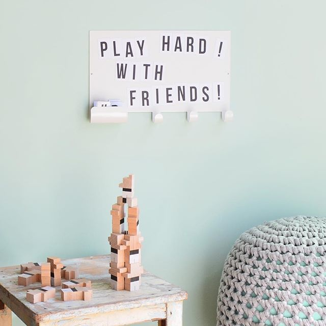 Have you seen our letter board wall hook? Share your motivational quotes.  .  #magnetboard #wallhook #letterboard #decokidsroom #kidsroomdecor #tresxics