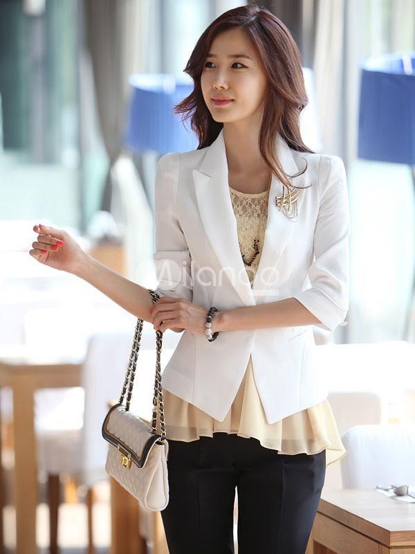 White Long Sleeves Turndown Collar Acrylic Woman's Blazer