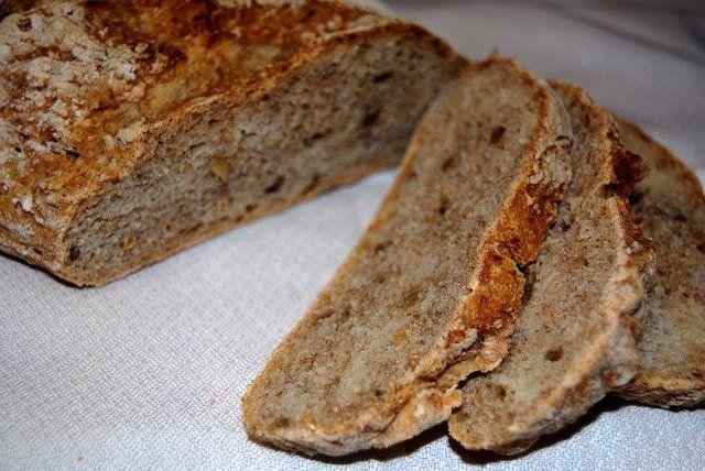 Para preparar un delicioso pan de centeno necesitaremos: Ingredientes: 500 gramos de harina de centeno 30 gramos de pipas de girasol 20 gramos de semilla...