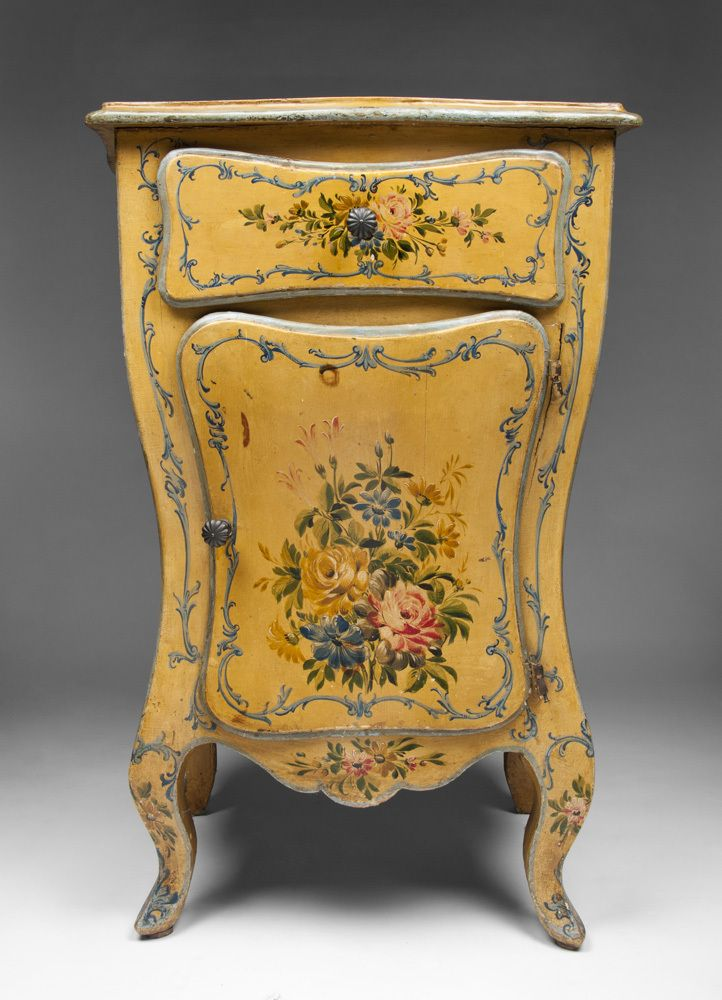 782 best painted furniture images on pinterest for Italian painted furniture