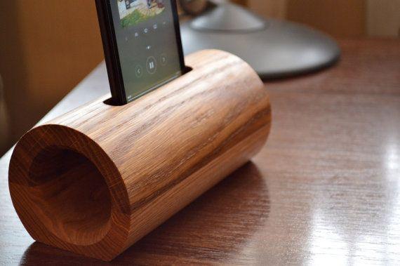 Wooden phone speaker / iPhone speaker / Samsung by HardWoodua
