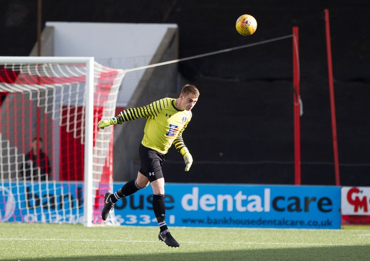 Queen's Park's Wullie Muir in action during the SPFL League One game between Airdrieonians and Queen's Park.