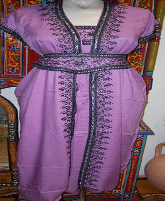We Sells Moroccan Clothing And Home Decor Accessories That Enriches Your  Home Interior Design Styles.