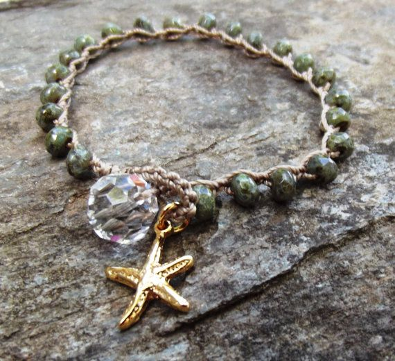 Bracciale crochet Beachy-opal verde rustico di NimbleKnotsStudio