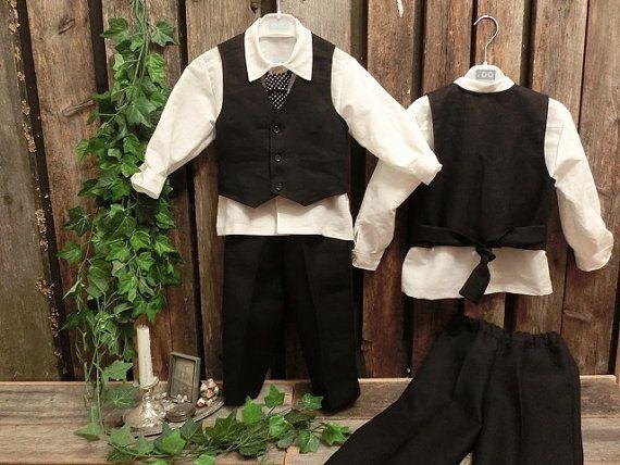 Black linen suit. Boys linen suit. Ring by englaCharlottaShop