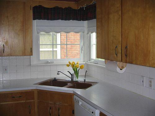 aprovechar espacio en la cocina fregaderos en esquina