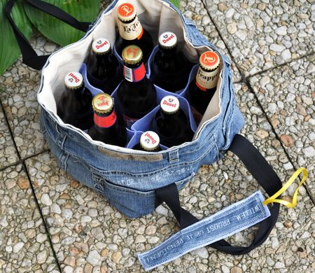 Beerbag - would be great for an Australia Day Party. Such a shame it's only a couple of days away so no time to make one for this year.