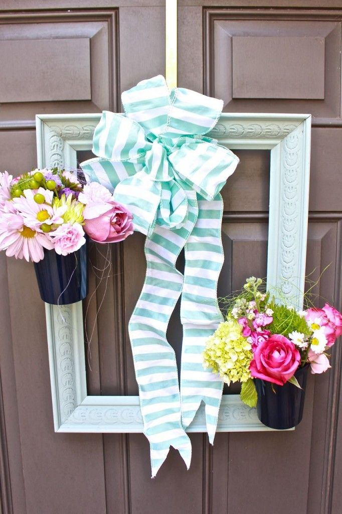 Painted Picture Frame Wreath Thrift Store Upcycle