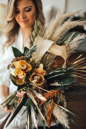 Böhmische Hochzeitssträuße, die total schick sind ★ Weitere Informationen: www.weddingforwar ….   – mom's wedding