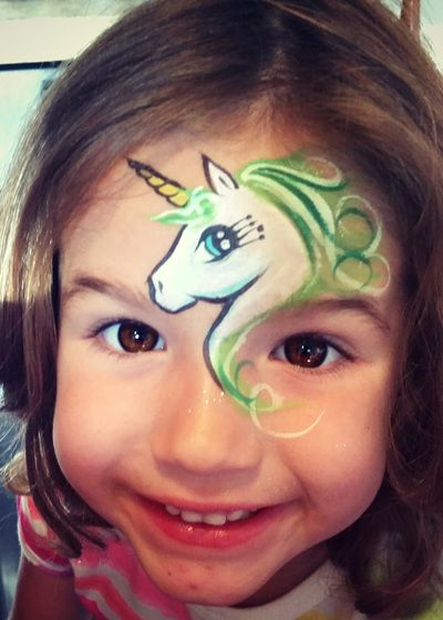 Love the way that Lizz Daley placed the unicorn and the eye is so dang cute.