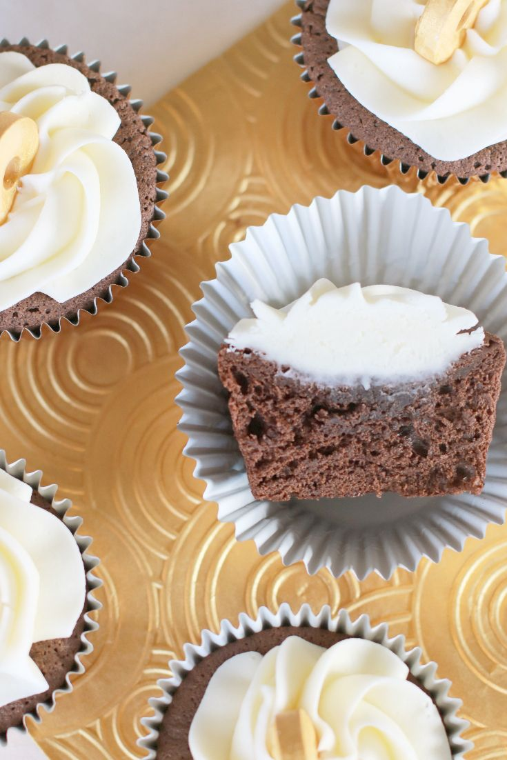 A Delicious Gluten Free chocolate mint cupcake with creamy peppermint icing. Look on Icing Only's Blog for the recipes (scheduled via http://www.tailwindapp.com?utm_source=pinterest&utm_medium=twpin)