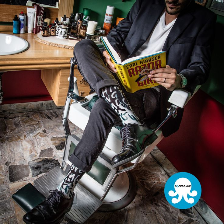 Saturday afternoon at the barber shop by @socksgame   #MADEINITALY #socksgame #socks #forher #forhim #game #calze #perlei #perlui #diario #fashion #girl #boy #amazing #calzino #funky #outfit #wamenfashion #menfashion #womenswear #menswear #womenstyle #menstyle #style #crazy #socksoftheday #dapper #streetwear #instafashion
