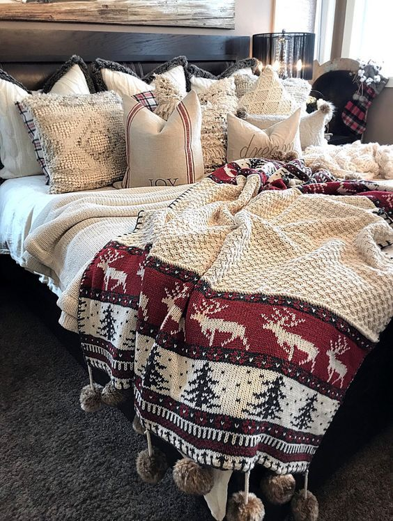 Rocking way to decorate bedroom with Christmas bedding ...