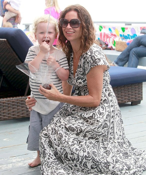 Single moms minnie driver and earn money online on pinterest