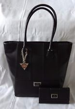AUTHENTIC NEW NWT GUESS DAYTON TOTE BAG AND WALLET