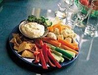 Dipsaus met knoflook en fetakaas. Heerlijke dip voor groenten en broodjes.
