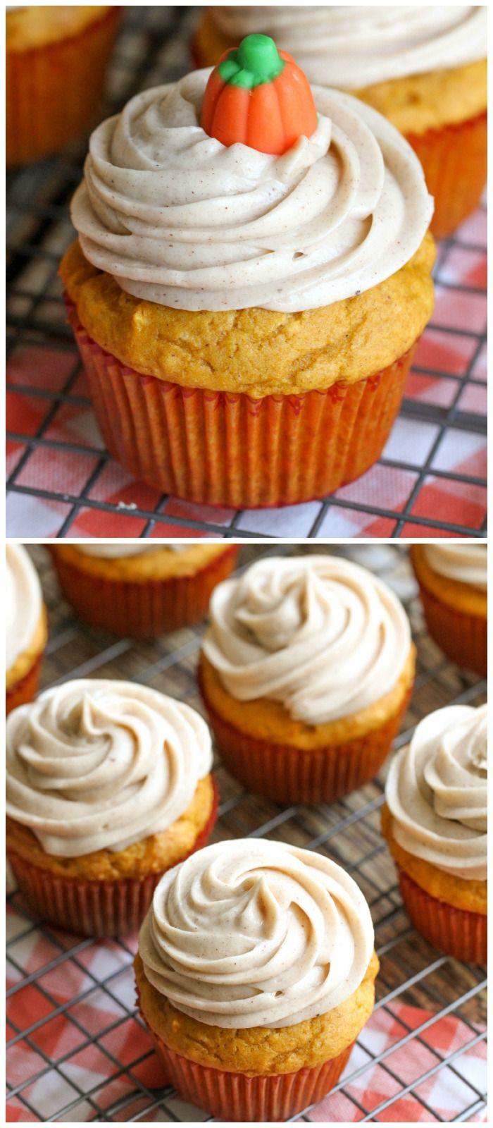 Delicious Pumpkin Cupcakes with Cinnamon Cream Cheese Frosting on { lilluna.com }