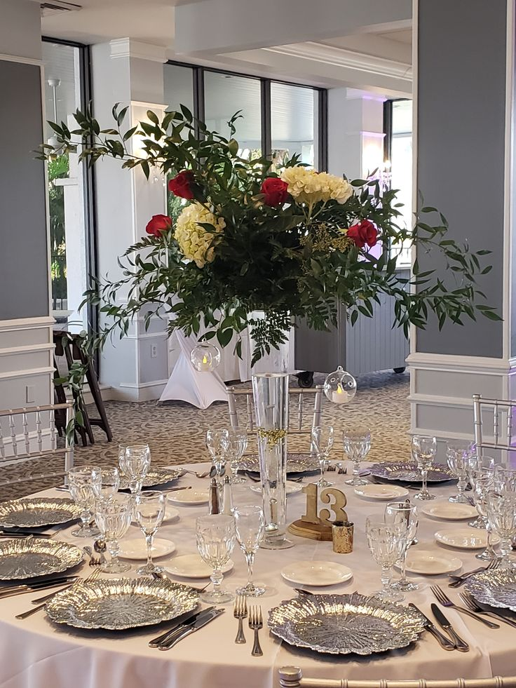 CozyImageGallery in 2020 Anniversary flowers, Ceremony