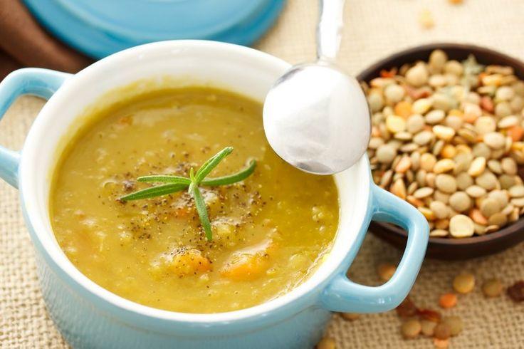 Гороховый суп — вкусное, полезное и простое в приготовлении блюдо. В любое время года такие первые блюда будут желанными на вашем столе. Каждая хозяйка должна иметь в своем кулинарном арсенале рецепт супа, который приятно удивит всех. Особенность этого супа — в простоте приготовления и доступности ингредиентов. Гороховый суп пюре выходит удивительно питательным и вкусным. Если […]