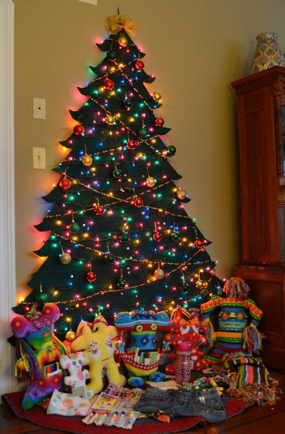17 best images about christmas wall tree on pinterest for Christmas pictures for facebook wall