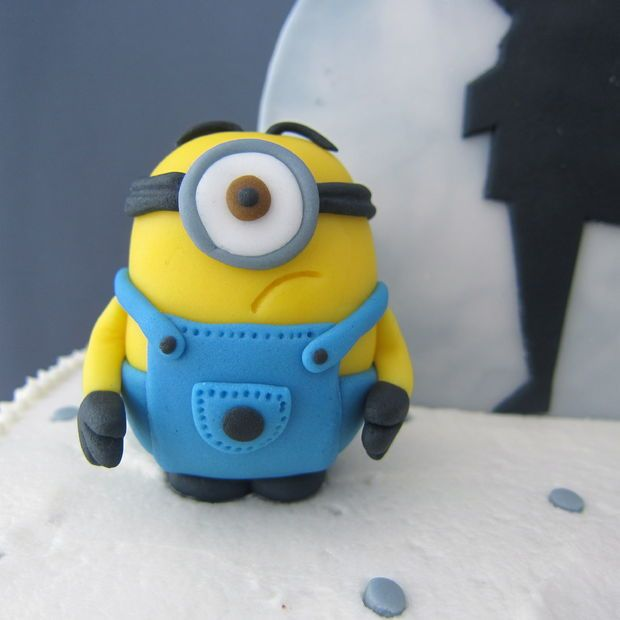 How To: Despicable Me - Fondant Minions