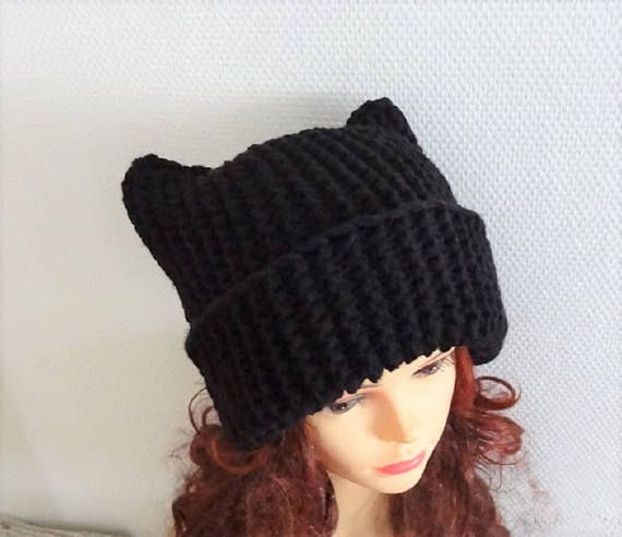 Black Cat hat  Chunky beanie Knit hat Animals Hat cat ears