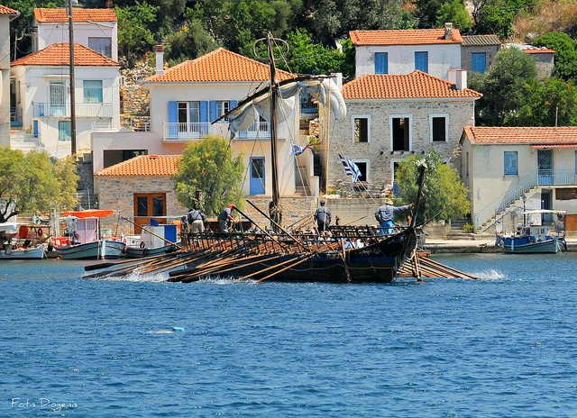 Ayia Kyriaki (Trikeri) by Fotis Diogenis, via Flickr