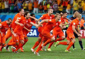 6-Jul-2014 17:20 - ORANJE VERLOST VAN PENALTYTRAUMA DOOR MINUTIEUZE VOORBEREIDING. In de jaren '90 van de vorige eeuw was het Nederlands elftal een team met een penaltytrauma. Op bijna elk groot toernooi werd Oranje geëlimineerd...