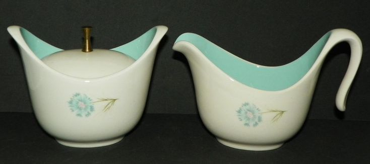 Taylor Smith Taylor Every Yours Boutonniere Creamer and Sugar Bowl Set MCM Retro #TaylorSmithTaylor #MidCenturyModern