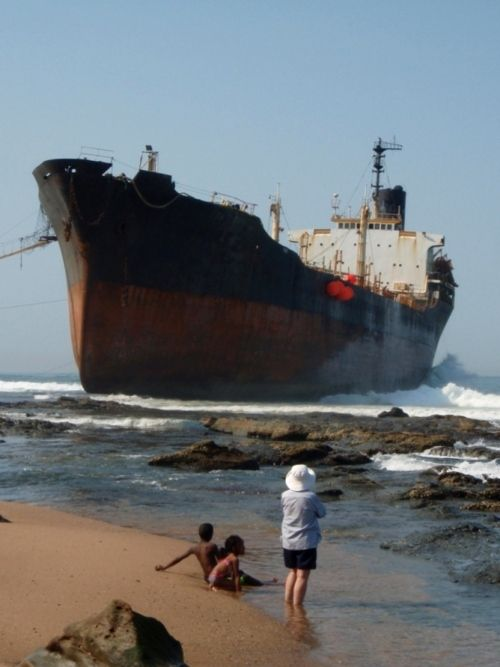 Grounded boat, a photo from KwaZulu-Natal, East