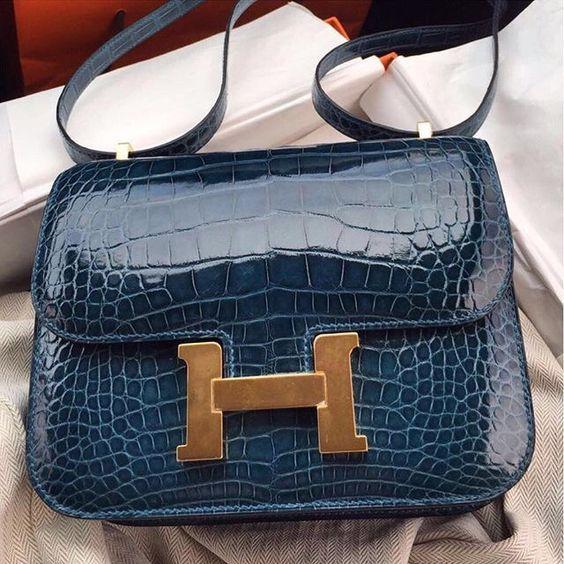b7eb160dec9e Hermes Egee Clutch bag in Smooth Ultraviolet Niloticus Crocodile