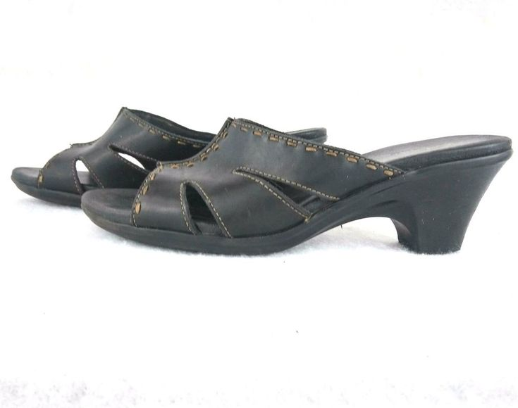 Clarks Sandals Heels Size 8 Black Marshmallow Leather Slides in Box EURO 39 UK 6 #Clarks #Mules #AllOccasions