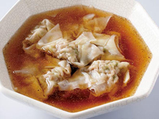 にらワンタンスープレシピ 講師は小田 真規子さん|にらの風味が効いたワンタンと、すっきりとした味わいのスープ。2つのコントラストを楽しめます。バランスのよい味つけがおいしさの決め手です。