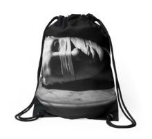 Classic Beauty Drawstring Bag